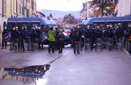 Brescia strada chiusa (foto Valeria Spadini per bracebracebrace)