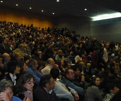 """L'auditorium della scuola """"Bettinzoli"""" (foto Alessandra Mor)"""