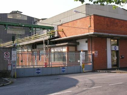 La Caffaro di Brescia potrebbe chiudere e trasferire gli impianti a Torviscosa, in Friuli (foto Tornago)